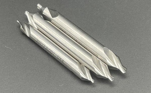 CNC 旋盤 に必要な工具類は…